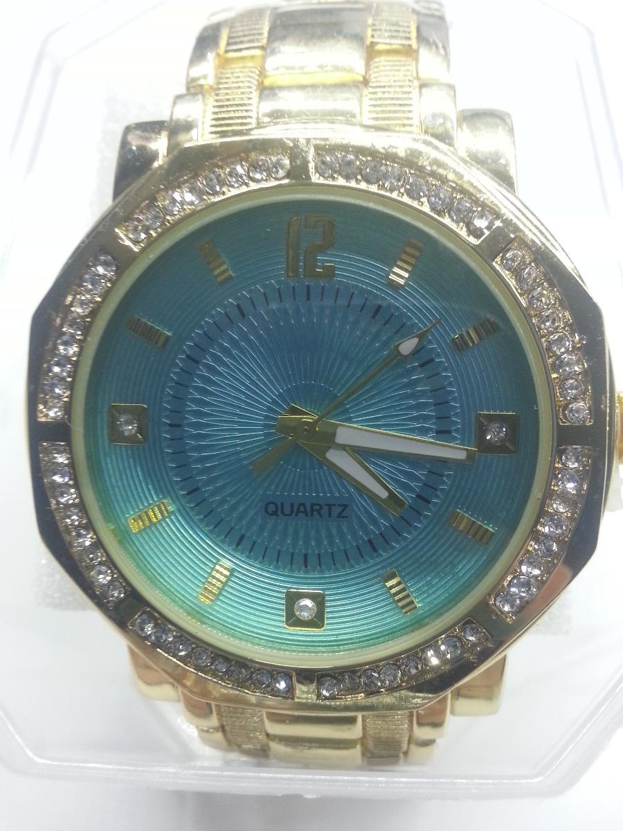 af7961a00c9 relógio feminino dourado fundo azul lindo com strass. Carregando zoom.