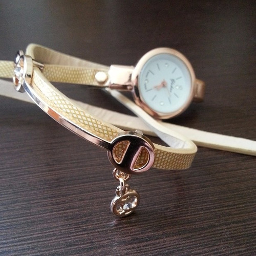 relogio feminino dourado pulseira de couro bracelete strass