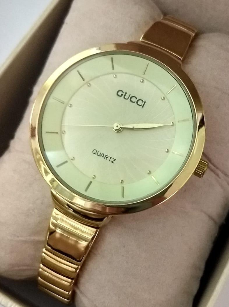 4d881a97681 relógio feminino dourado pulseira fina + bateria extra. Carregando zoom.