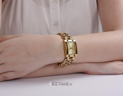 relógio feminino guess 2 correntes dourado w0311l2 original