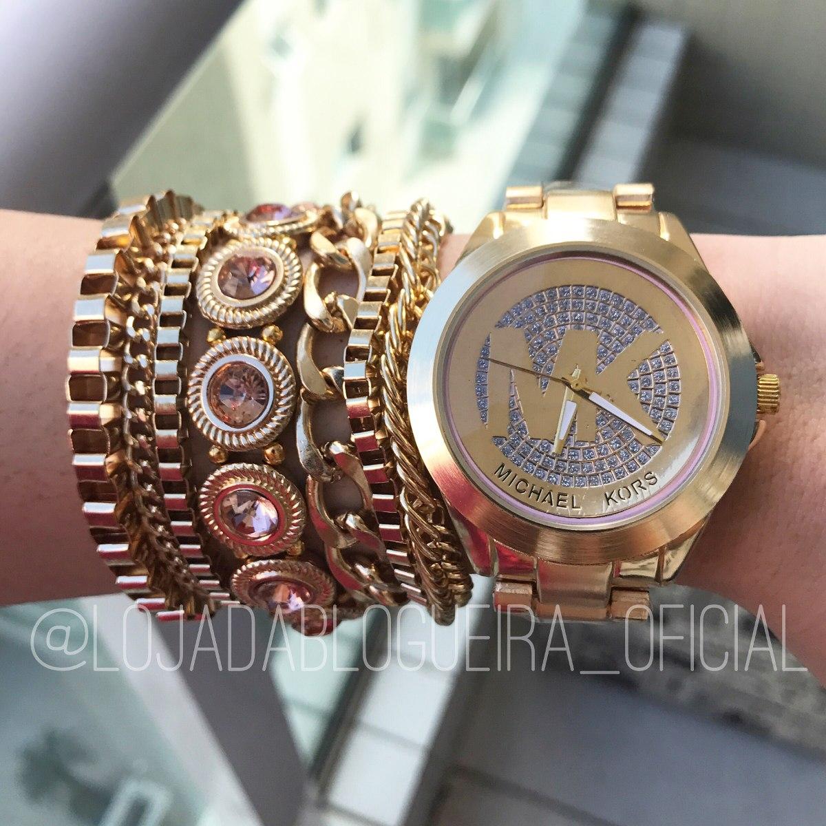 7bf15617fb8 Relógio Feminino Michael Kors Dourado + Pulseiras + Frete - R  159 ...
