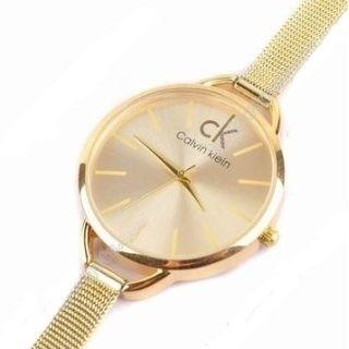 f1d428f5bad Relógio Feminino Mulher De Pulso Caixa Redonda Dourado Ck - R  54