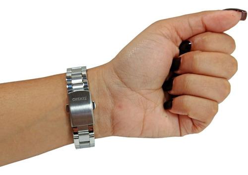 relógio feminino pequeno pulso fino prata aço fundo branco