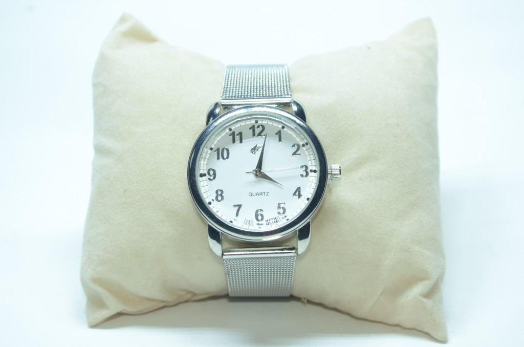 ed36168120b relógio feminino pulseira aço inox lindo barato oferta. Carregando zoom.