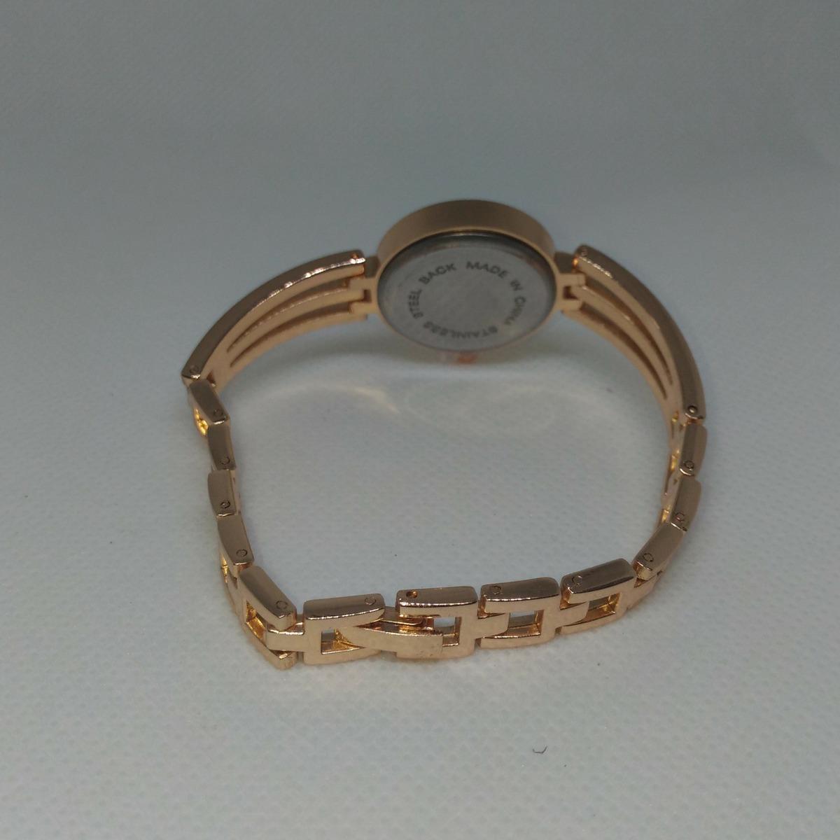 f3793557dd2 Relogio Feminino De Pulso Pequeno Barato Dourado Luxo - R  37
