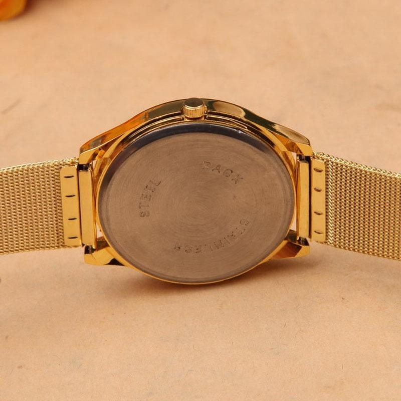 c52fef123e8 relógio feminino pulso aço geneva inoxidável quartz dourado. Carregando  zoom.