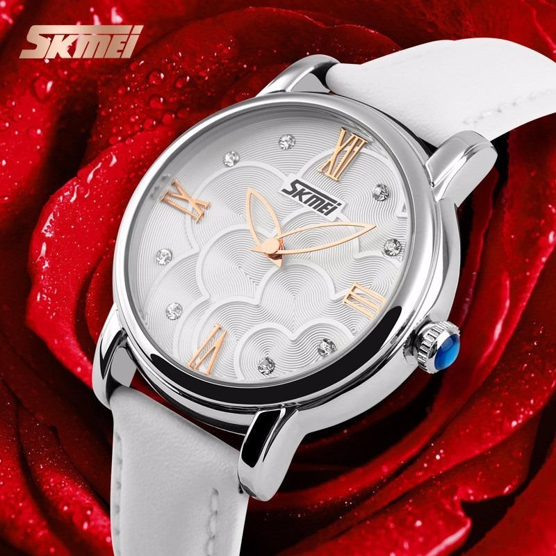 733f5f64997 relógio feminino skmei 9095 pulseira de couro branco preto. Carregando zoom.