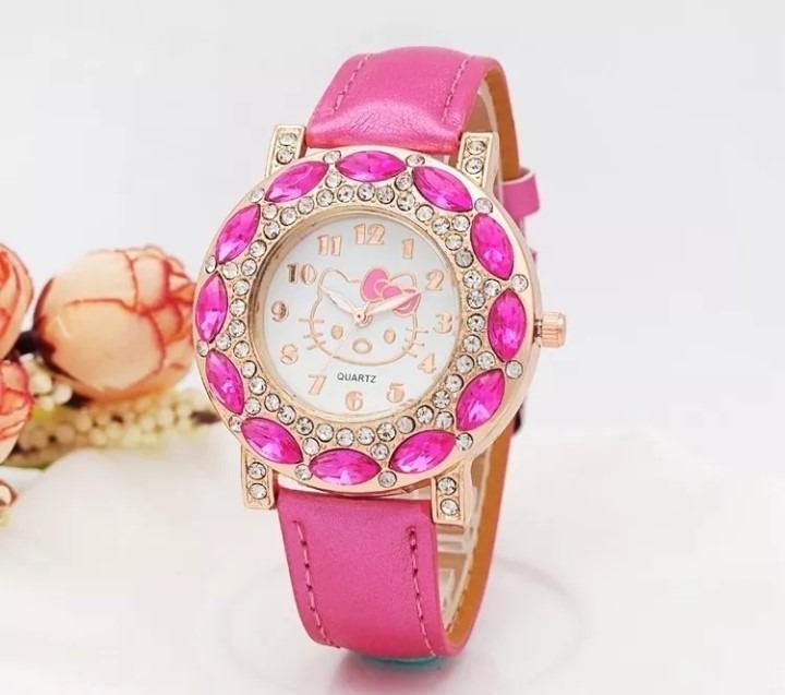 fc32ce9bd3a Relógio Feminino Strass Pulso Hello Kitty Infantil Adulto - R  85