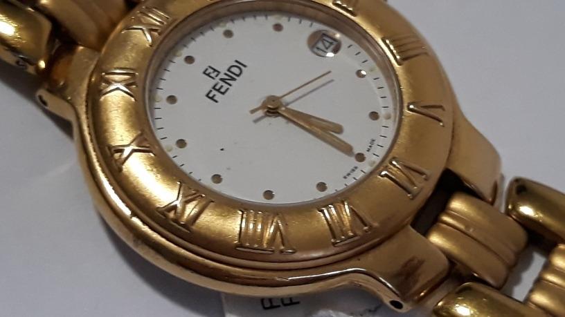 a9eca4f3943 relogio fendi - mod 900g - 36mm - italiano - relógios femini. Carregando  zoom.