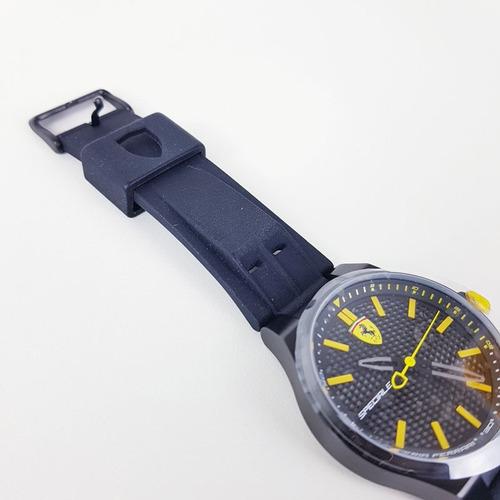relógio ferrari visor amarelo masculino