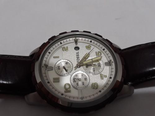 826b913925e Relógio Fóssil Cronografo Semi Novo Usado Poucas Vezes - R  390