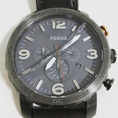 relógio fóssil masculino caixa prata pulseira couro marrom