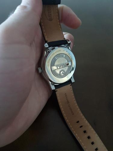 relógio fossil twist me 1099