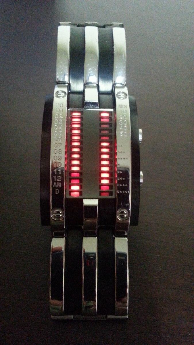 0a8810cb7b8 relógio futurístico preto prata led storm original londres. Carregando zoom.