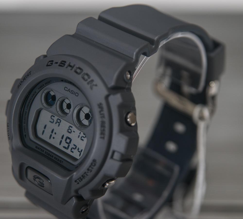 67e8061eccf 3 relógio g-shock dw-6900lu-8 pulseira bicolor lançamento 2018. Carregando  zoom.