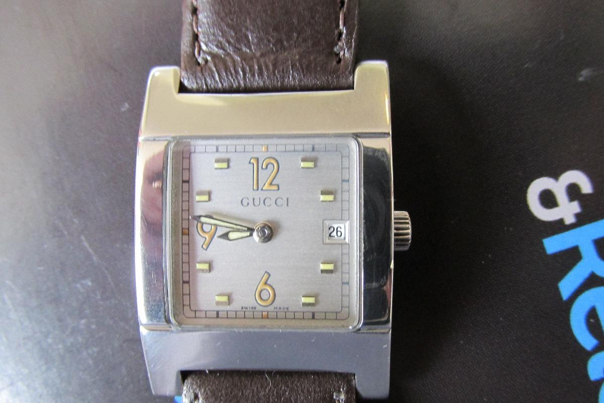 4a020d982f1 relógio gucci aço quartzo pulseira de couro feminino. Carregando zoom.