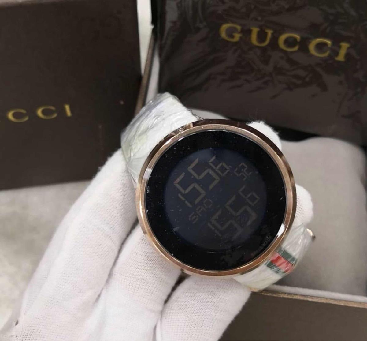 ed28e582385 Relógio Gucci Digital Branco Novo Original - R  1.648