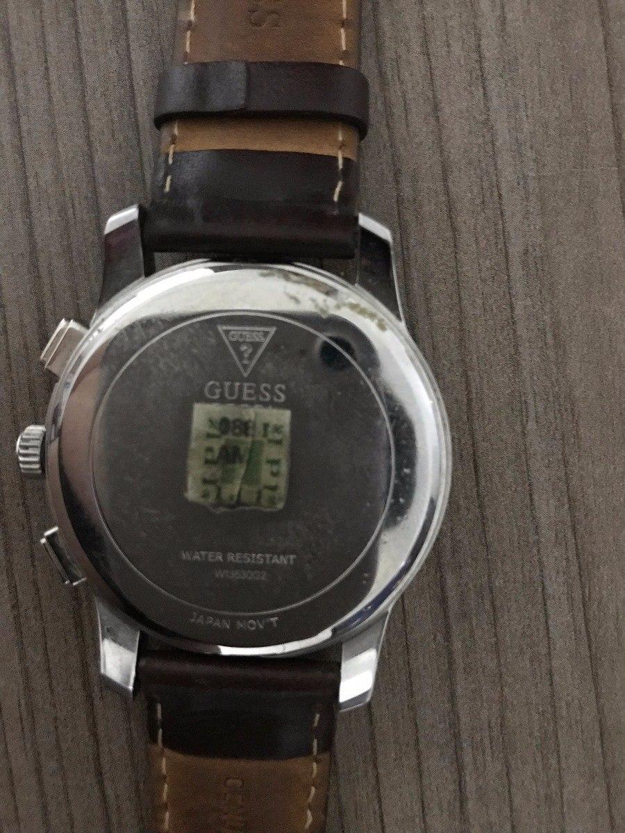0b916805bfb relógio guess - pulseira em couro marrom. Carregando zoom.