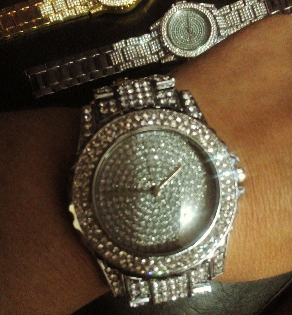 28626c3f4 Relógio Hip Hop Cravejado Strass Ostentação Luxo Top Funk - R  200 ...