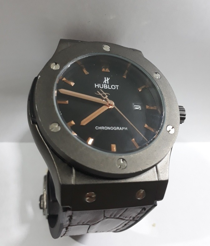 f5f980cd0f3 Relógio Hublot Geneve Big Bang - R  180