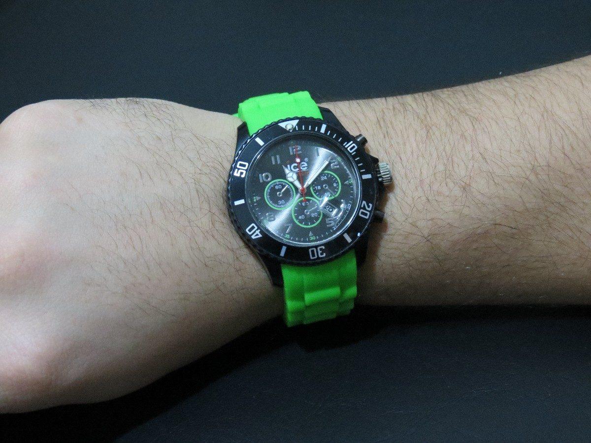 9fee3c7fe13 relogio importado pulseira verde. Carregando zoom.