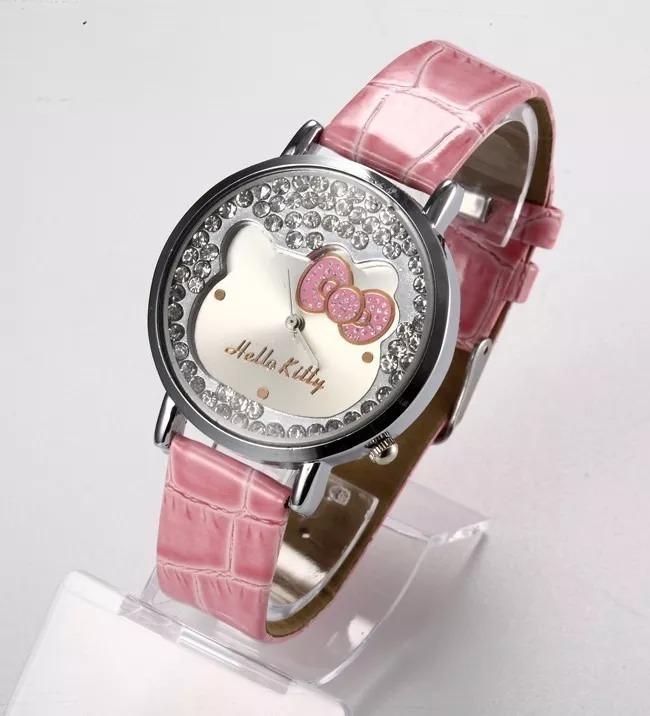 aab98b70db6 Relógio Infantil Meninas Hello Kitty - R  77