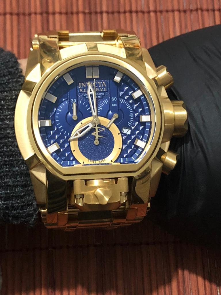 07a9bb8a4c8 relogio invicta bolt zeus magnum dourado azul dukd. Carregando zoom.
