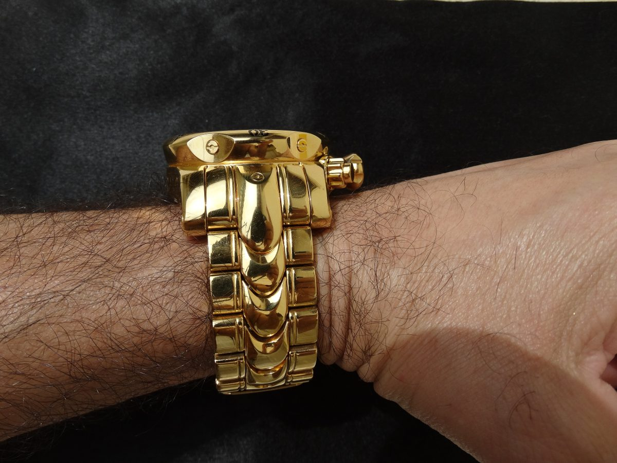 47c9ade1e5f relógio invicta original ouro 18k (banhado). Carregando zoom.