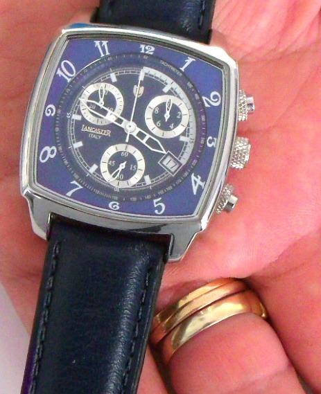 cafc9f06e2f Relogio Lancaster Fundo Azul Loucura Para Vender Rapido - R  245
