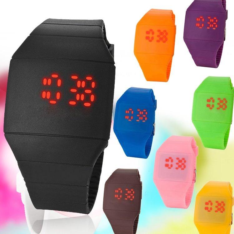 426f35527ee Relógio Led Digital Touch Screen Frete Barato - R  19