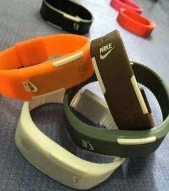 relógio led pulseira ajustável de silicone da moda barato