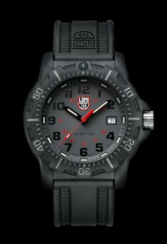 relógio luminox a.8802 black ops 200m men's