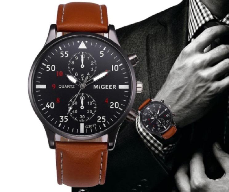6e67461e2db Relógio Masculino Analógico Em Couro - Clássico E Barato - R  25