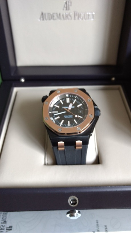 3fbcd8f110a relógio masculino audemars piguet royal oak offshore diver. Carregando zoom.