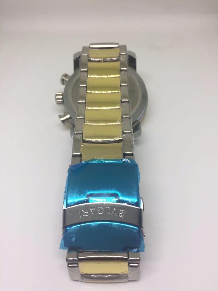 e528c50c2494e relógio masculino bvlgari prata e dourado réplica. Carregando zoom.