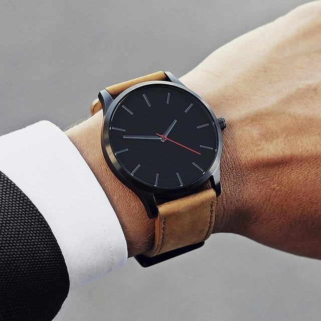 ecac5b0fb42 Relógio Masculino Clássico De Luxo Pulseira De Couro - R  60