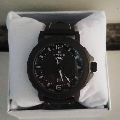 relógio masculino couro militar luxo naviforce