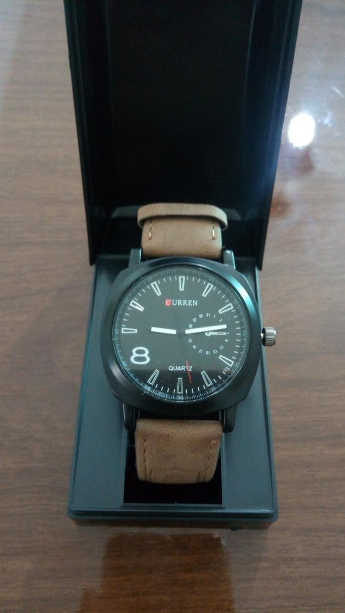 eff3a51aab8 relógio masculino curren 8139 analógico preto. Carregando zoom.