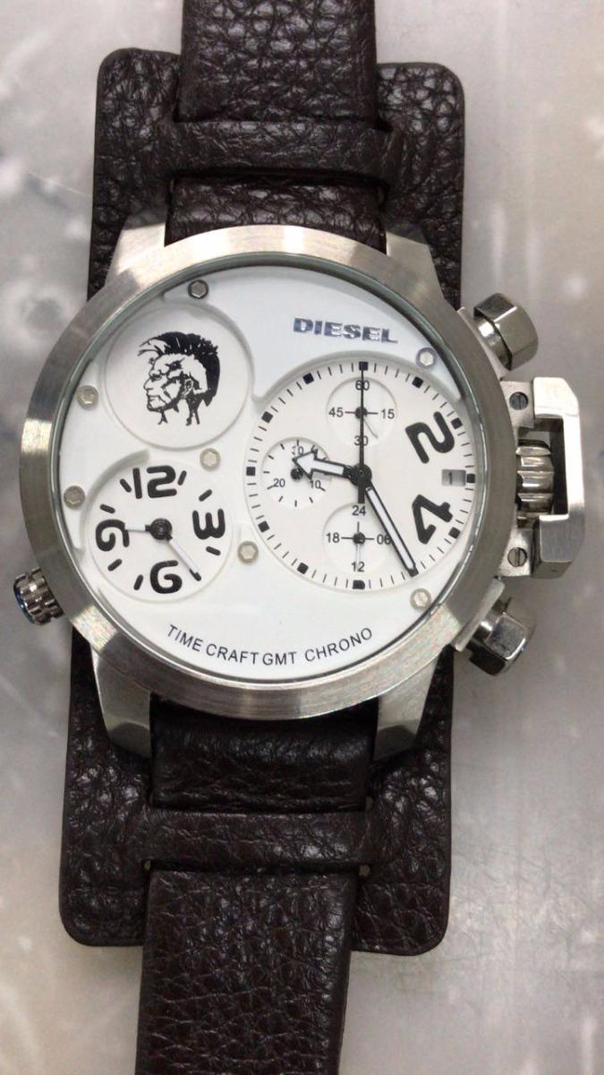 ce649ce6b12 relógio masculino diesel promoção top pulseira de couro. Carregando zoom.