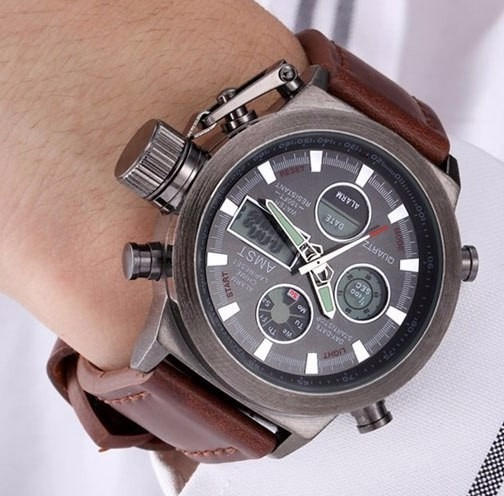 baa52dfe409 Relógio Masculino Digital Ponteiro Couro A Prova D água Luz - R  157 ...