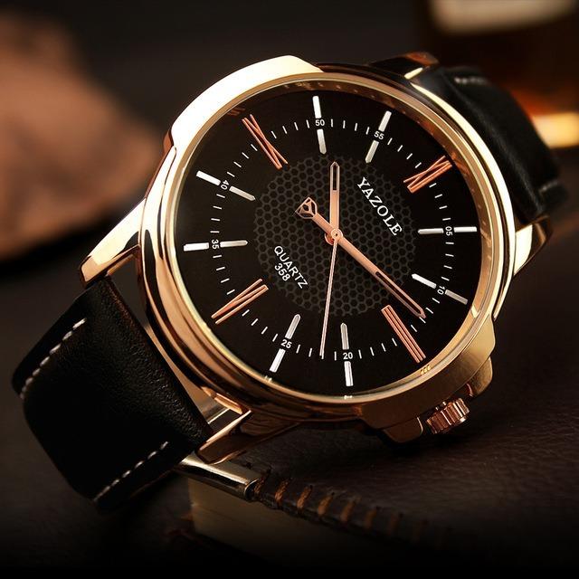 177b3ee1431 Relógio Masculino Dourado De Luxo Pulseira Couro Yazole 358 - R  40 ...
