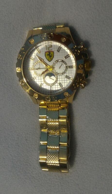 b141fdc01dd relógio masculino dourado ferrari acompanha um chaveiro. Carregando zoom... relógio  masculino ferrari