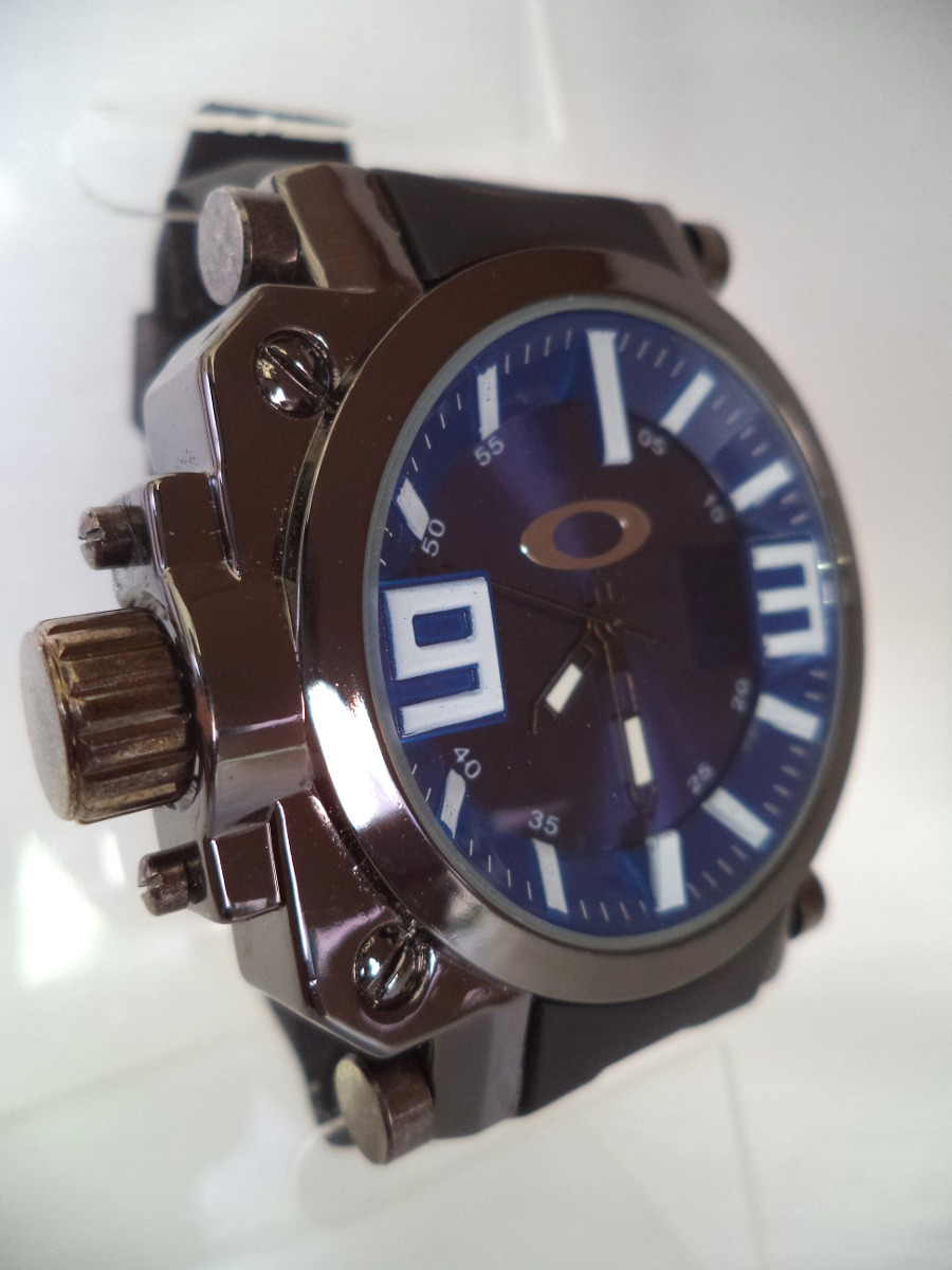 bca7bc26435 relógio masculino oakley com visor safira - azul. Carregando zoom.