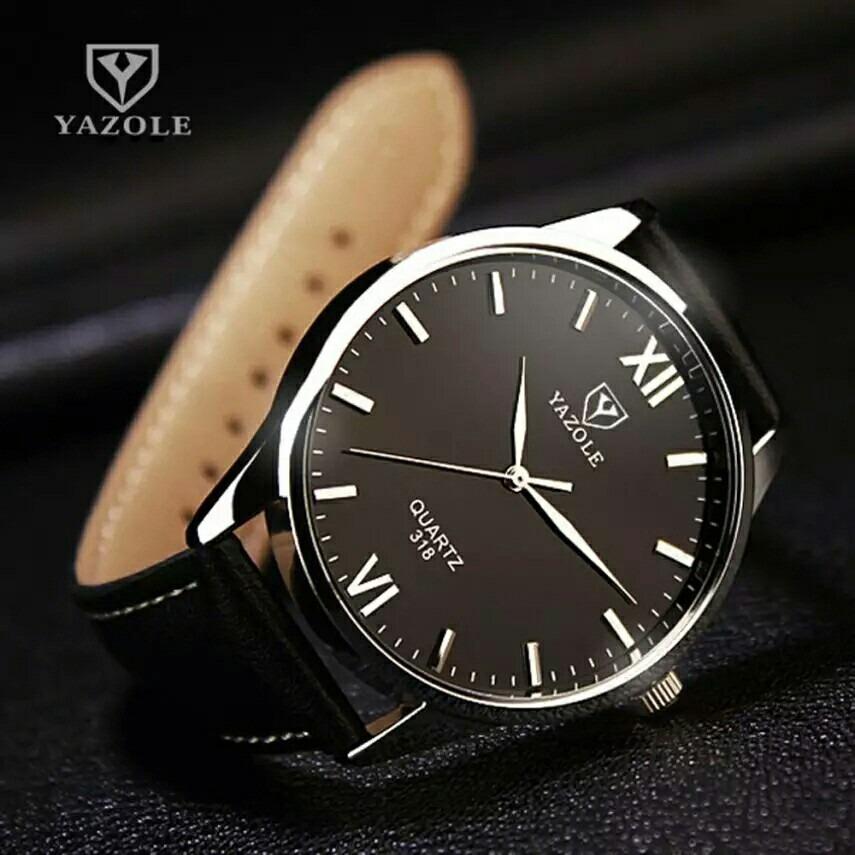 dfb7830ebbb Relógio Masculino Yazole 318 Quartz De Pulso Couro +caixinha - R  79 ...