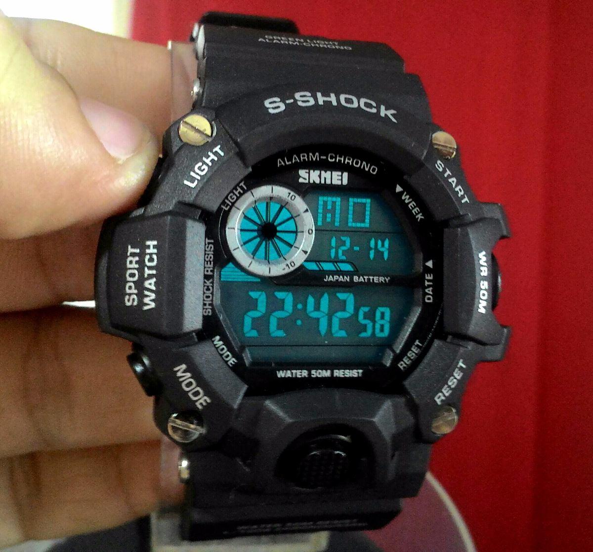 5d064e47215 relógio masculino skmei s-shock 1019 militar digital black. Carregando zoom.