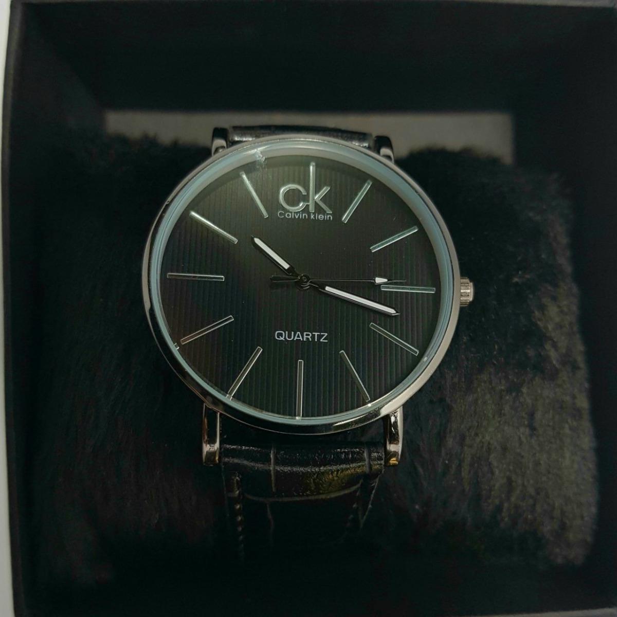 b5d8e27bd94 Relógio Masculino Social Preto Com Pulseira De Couro - R  49
