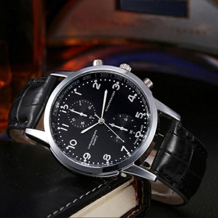 891ae18dcf8 Relógio Masculino Social Preto Pulseira Couro Schaffhausen - R  34 ...