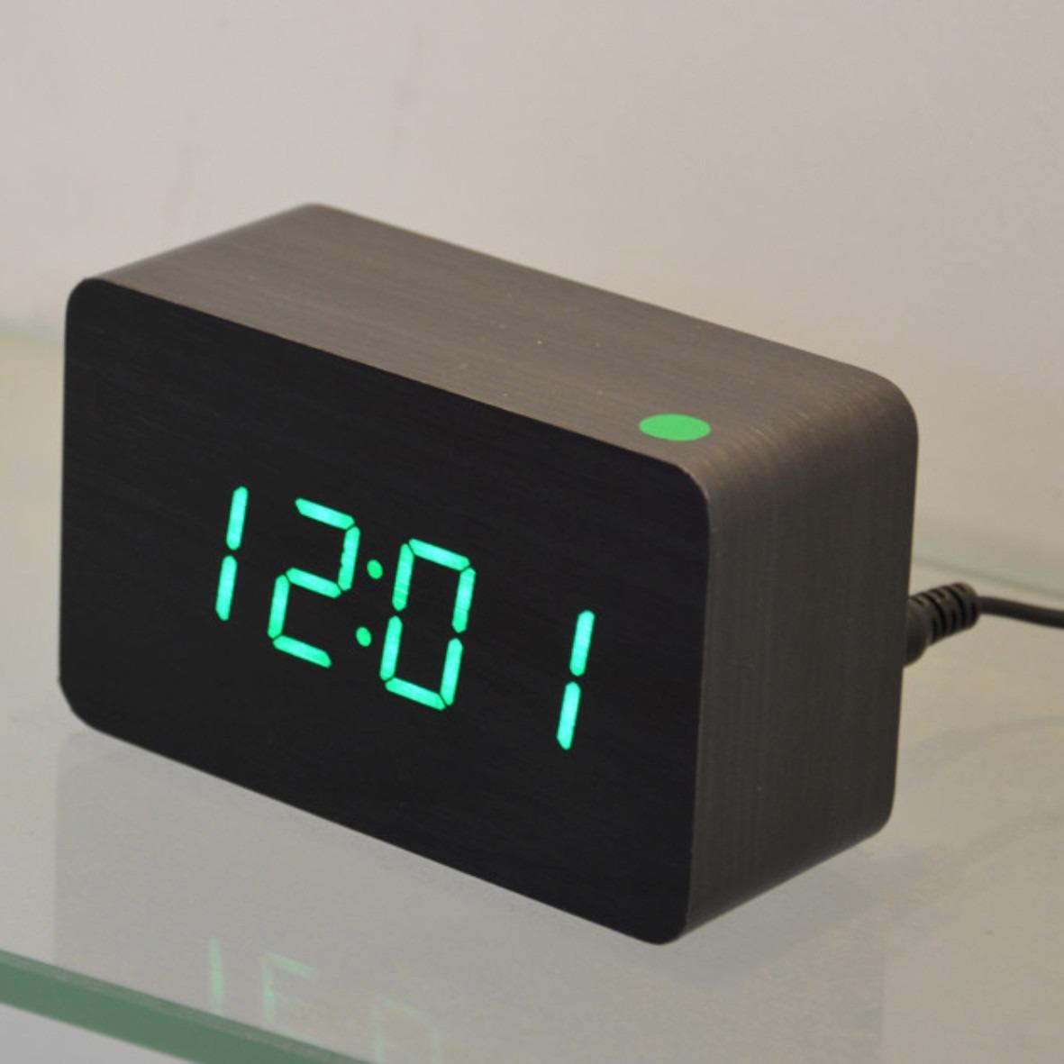 cdb3a217126 Relógio Mesa Madeira Digital Led Decoração Termômetro Preto - R  99 ...