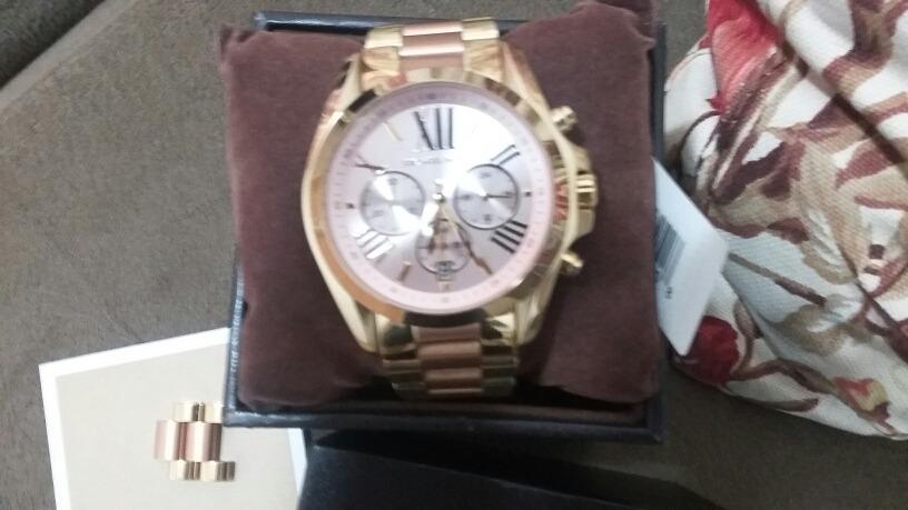 eb4f6c0fa5a42 Relógio Michael Kors Mk 6359 Novo - R  650
