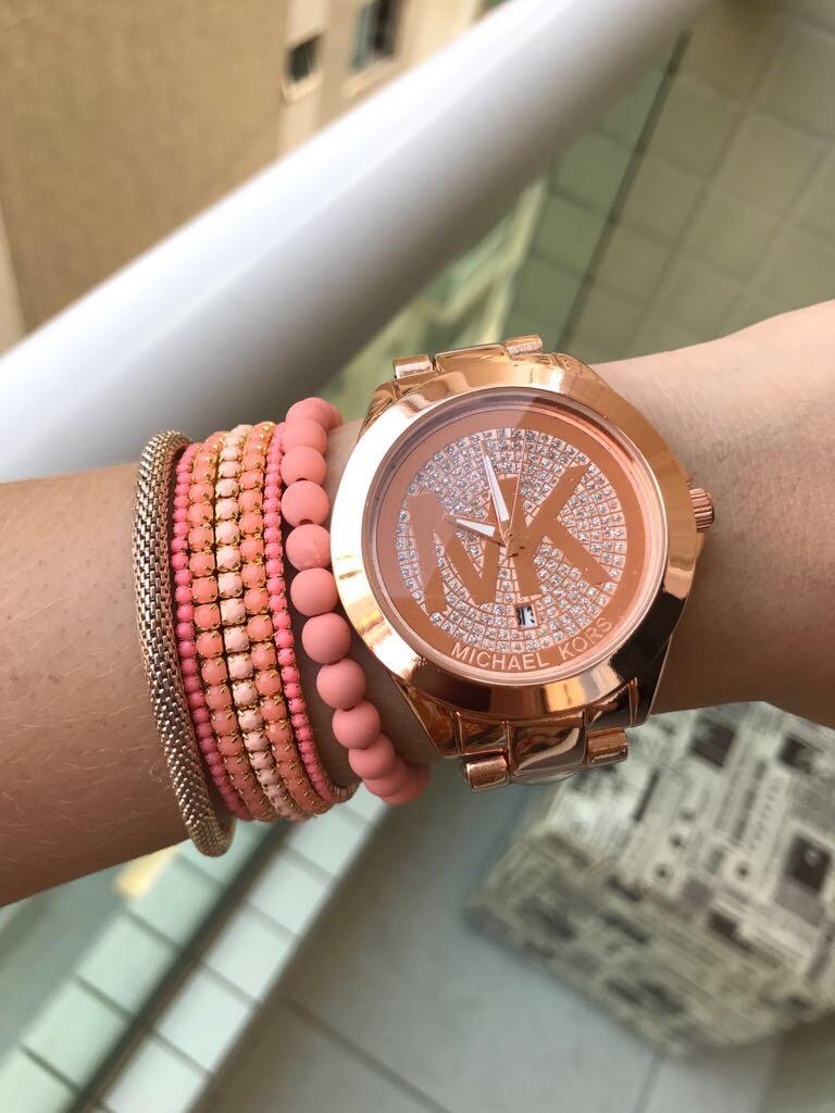 e165d1f24be Relógio Michael Kors Dourado Rose + Pulseiras + Frete Gratis - R ...